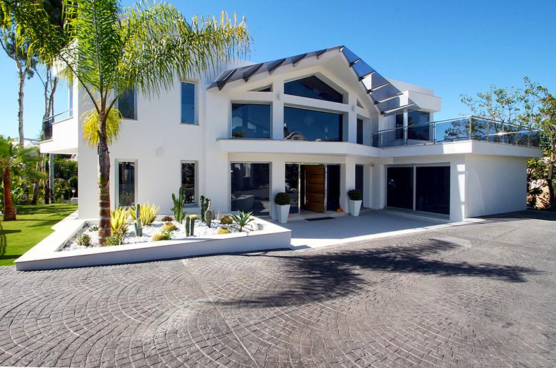 Villa moderne vendre nueva andaluc a marbella for Villa moderne prix