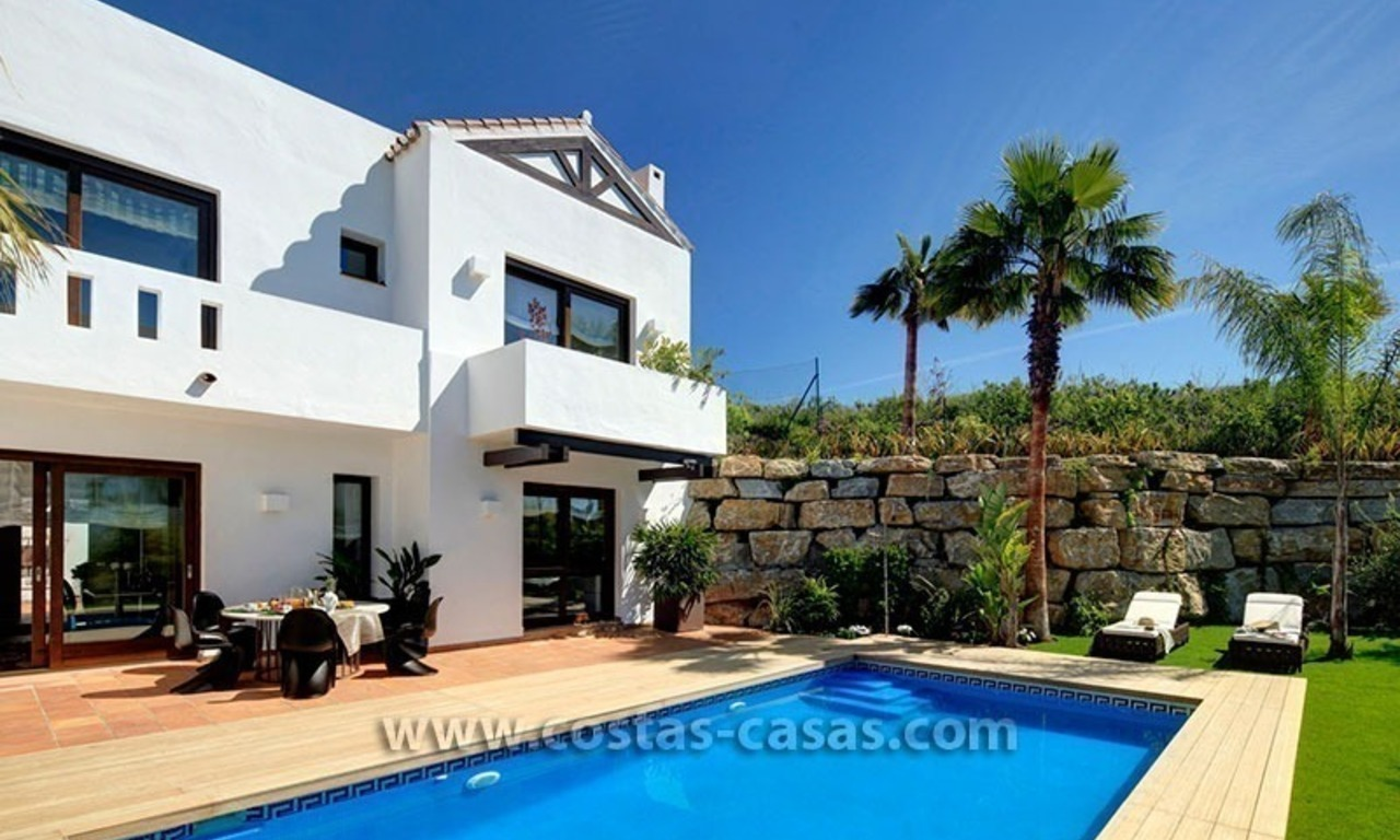 Villa de luxe contemporaine en seconde ligne de golf à vendre à Marbella - Benahavis 1