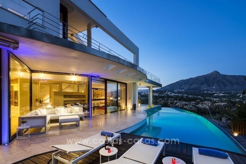 Vendre nueva andalucia marbella villa de design vue - Garage de la montagne la queue en brie ...
